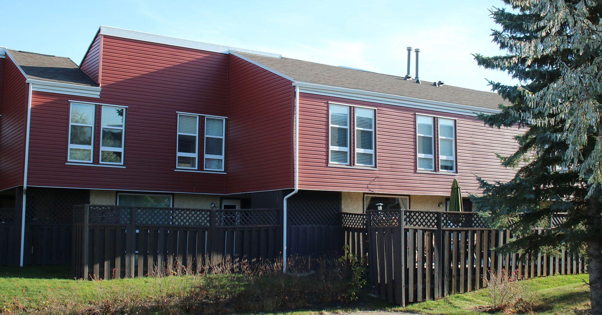 CS Management Inc. - Lee Ridge Village Condominiums